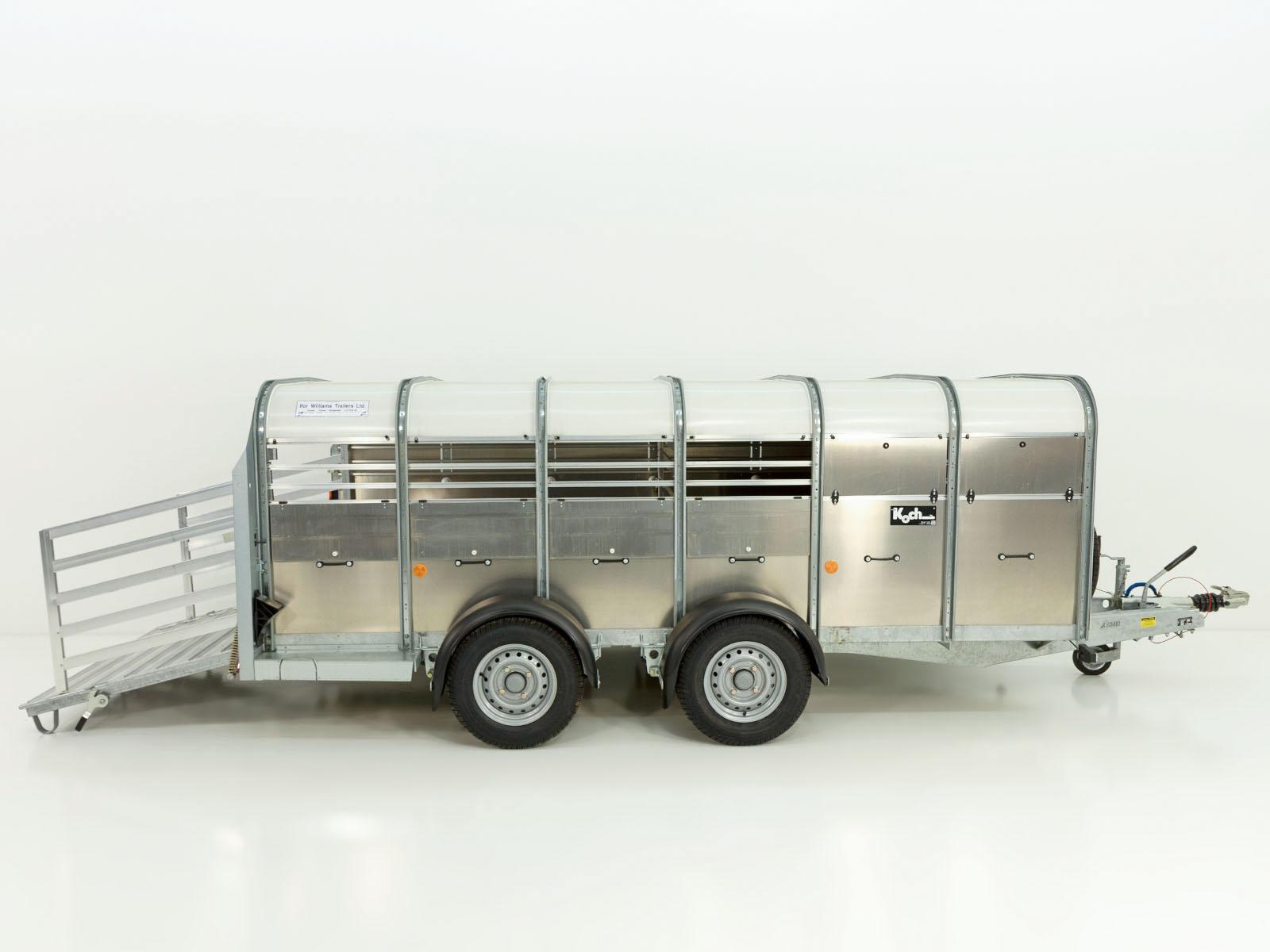 Sonstige-Viehanhaenger-Pferdetransporter-Viehanhaenger-TA5-156x372cm-Hoehe-120cm-2-7t-Ifor-Williams_0658_052mbqK51g36dWe.jpg