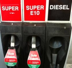 Das Benzin der Wert in sscha